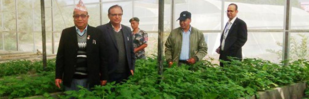 बागमती प्रदेश, भूमि व्यवस्था, कृषि तथा सहकारी मन्त्री  माननीय दावा दोर्जे लामा ज्यूको फार्म निरीक्षण